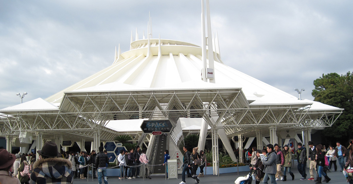 space moutain a Tokyo Disneyland